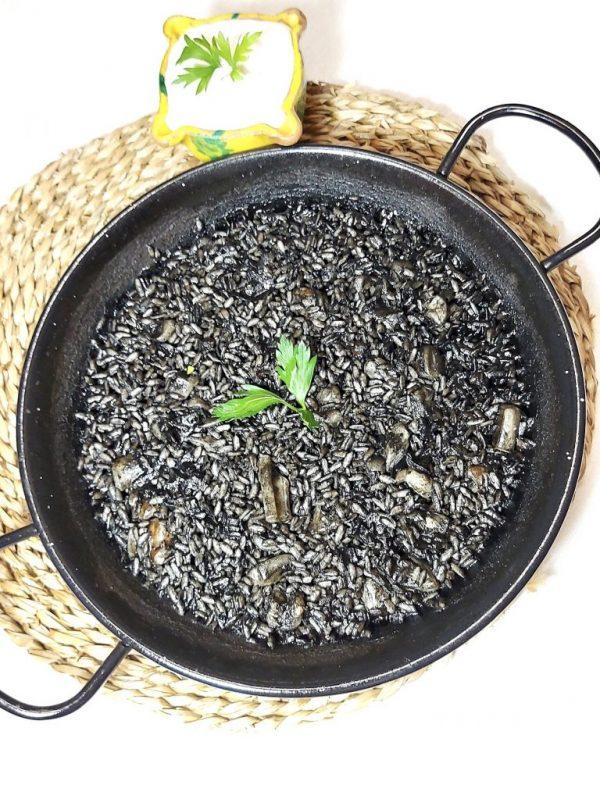Paella arròz negro