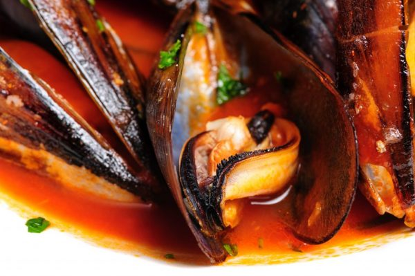 Mussels prepared in italian rustic style with wine and parsley