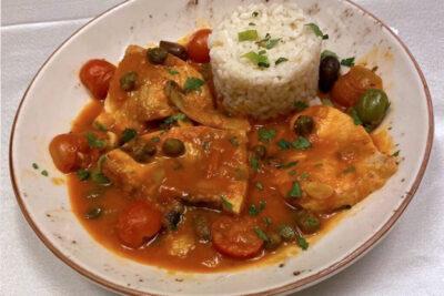 Pește din Mediterană în sos Sicilian cu orez Pescăresc